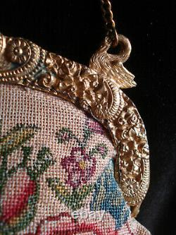 Bourse ancienne brodée fermoir cygnes antique embroidered purse swan clasp